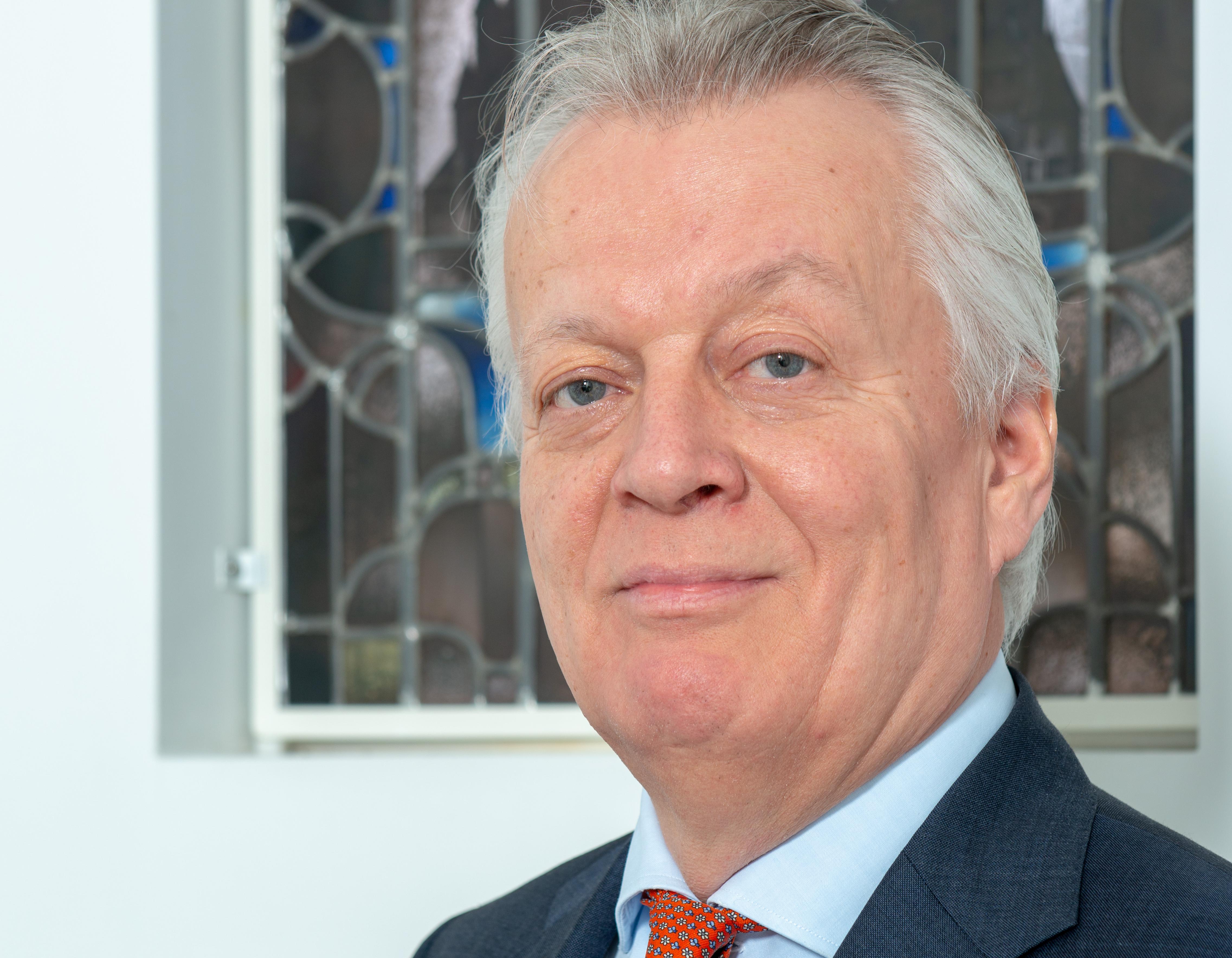 81ba8fdf458 Hoe ex-Rabo-topman Ralf Dekker bij Forum voor Democratie belandde – Sociale  Vraagstukken
